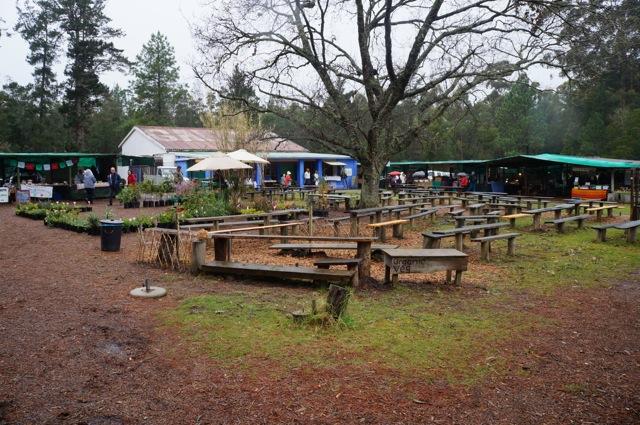 Plet Farmer's Market